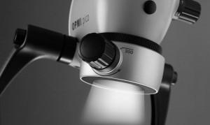 leczenie pod mikroskopem